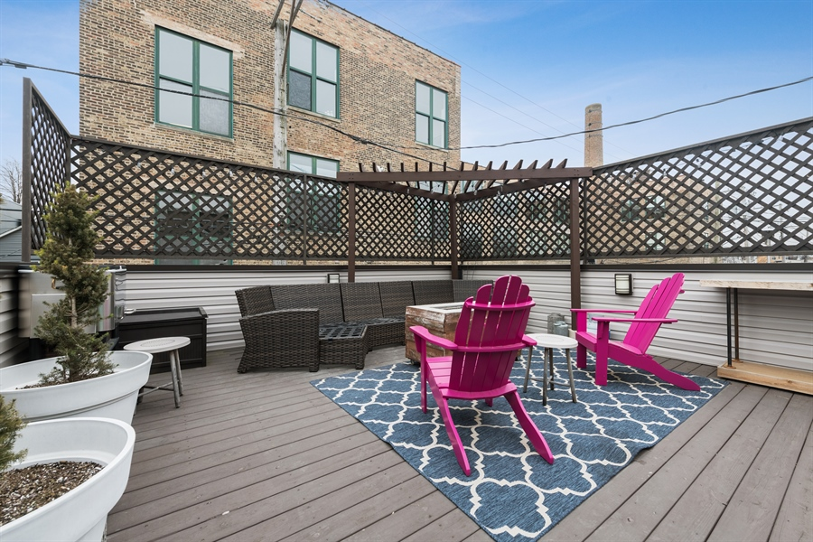 Real Estate Photography - 2639 W Medill Ave, Chicago, IL, 60647 - Roof Deck