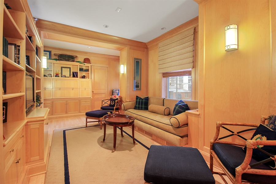 Real Estate Photography - 1530 N State Pkwy, Unit 3, Chicago, IL, 60610 - Family Room