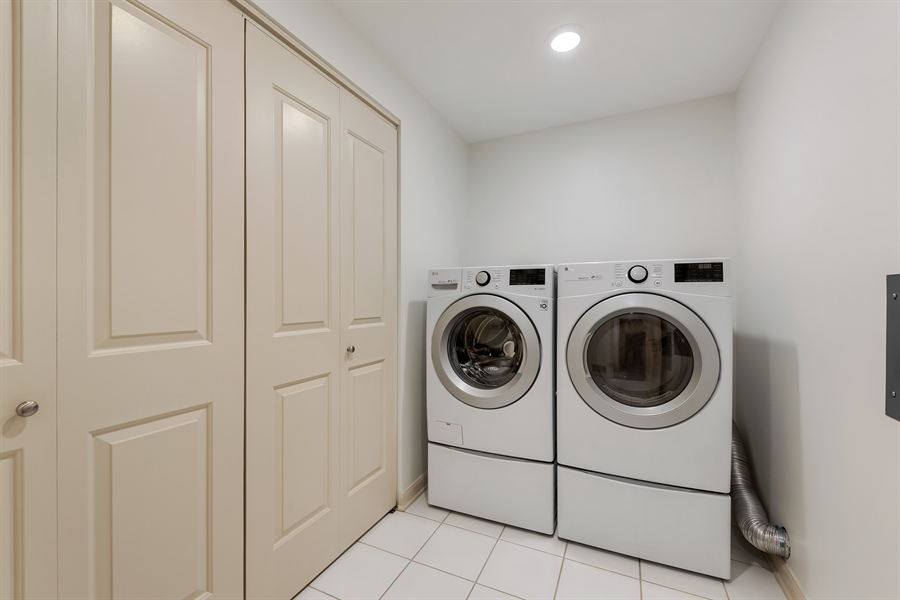 Real Estate Photography - 530 N Lake Shore Drive, Unit 2500, Chicago, IL, 60611 - Laundry Room