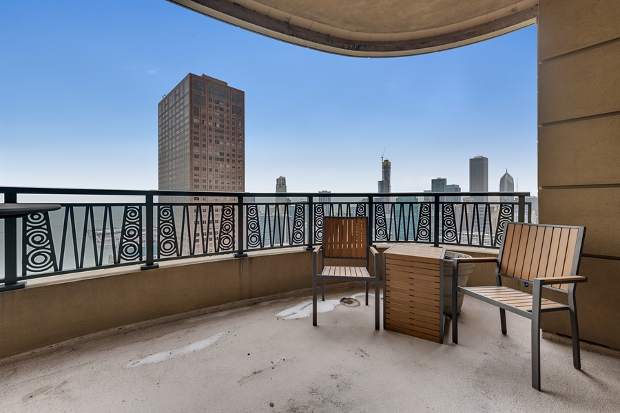 Real Estate Photography - 800 N Michigan Ave, Unit 4801, Chicago, IL, 60611 - South Balcony