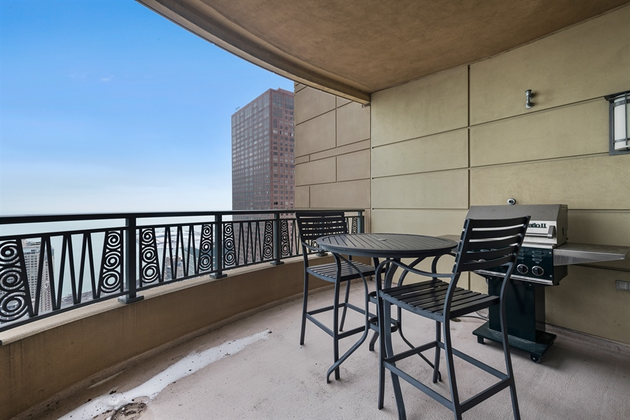 Real Estate Photography - 800 N Michigan Ave, Unit 4801, Chicago, IL, 60611 - North Balcony