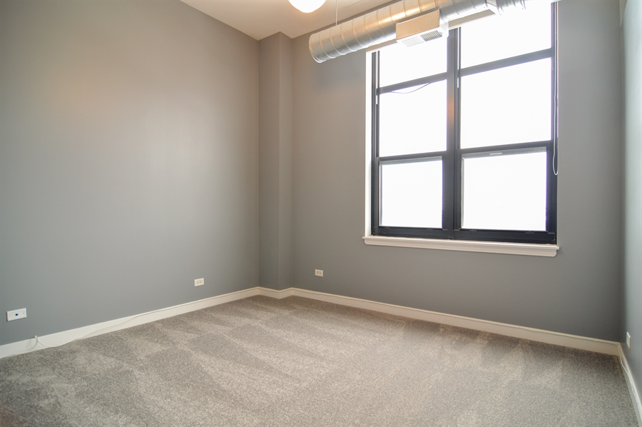 Real Estate Photography - 833 W 15th Pl, Unit 907, Chicago, IL, 60608 - 2nd Bedroom