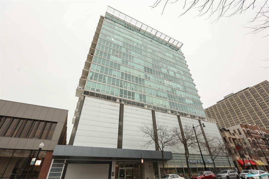 Real Estate Photography - 1845 S Michigan, Unit 2005, Chicago, IL, 60616 - Front View