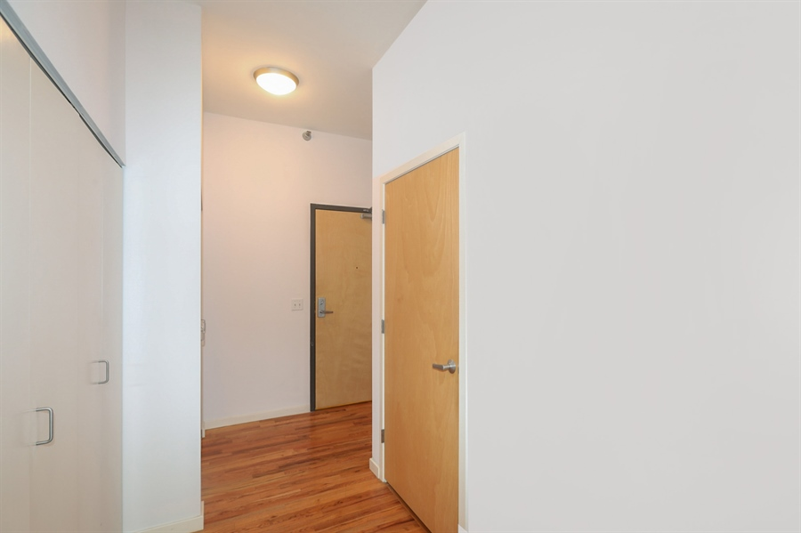 Real Estate Photography - 1845 S Michigan, Unit 2005, Chicago, IL, 60616 - Hallway