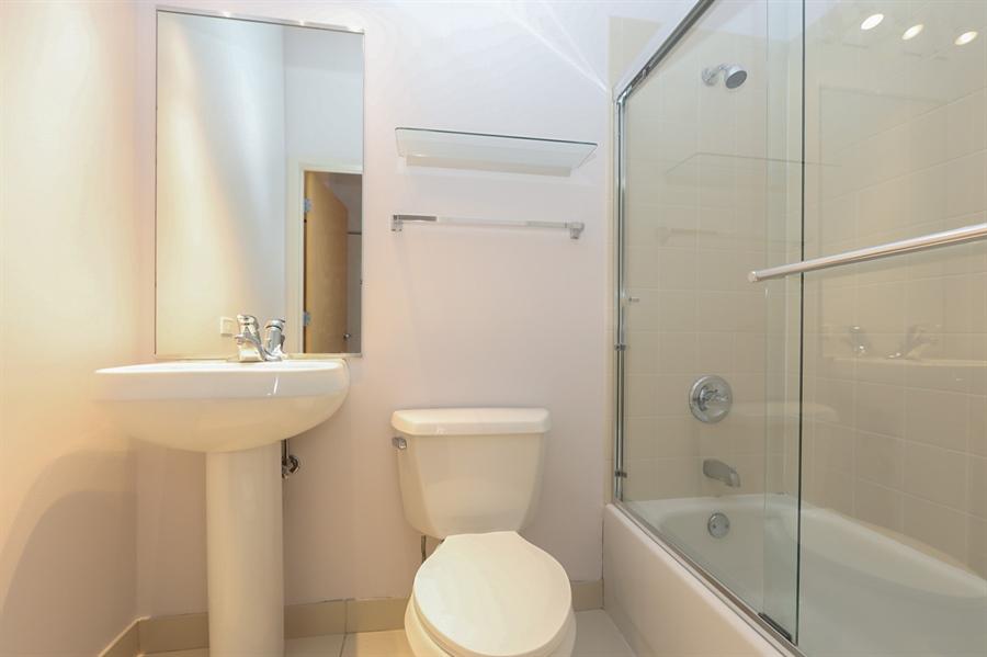 Real Estate Photography - 1845 S Michigan, Unit 2005, Chicago, IL, 60616 - Bathroom