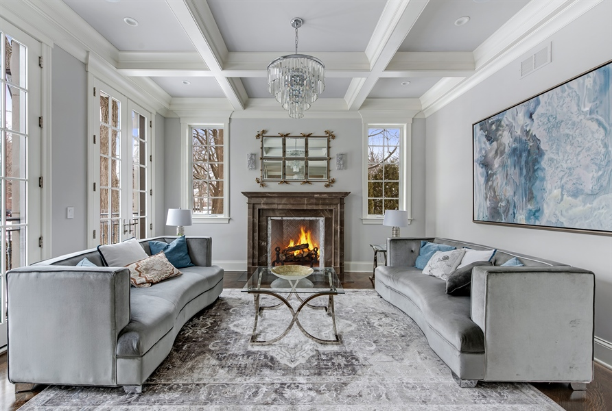 Real Estate Photography - 790 Prospect Ave, Winnetka, IL, 60093 - Living Room