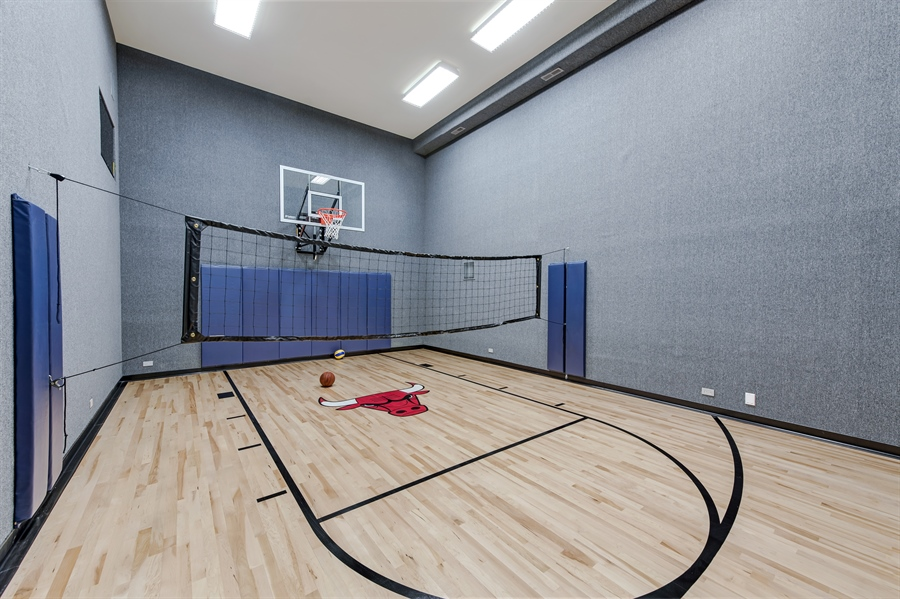 Real Estate Photography - 790 Prospect Ave, Winnetka, IL, 60093 - Gym