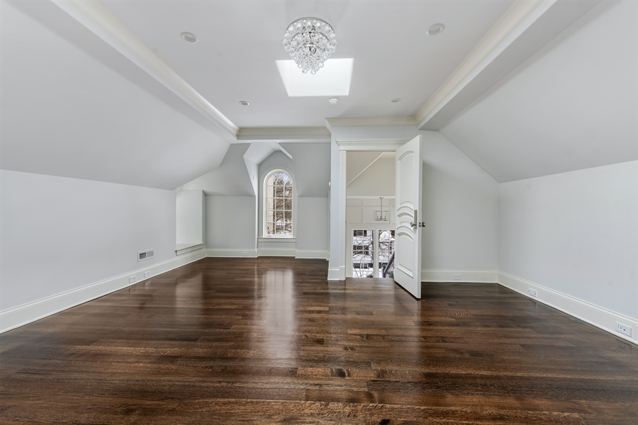 Real Estate Photography - 790 Prospect Ave, Winnetka, IL, 60093 - 3rd Floor
