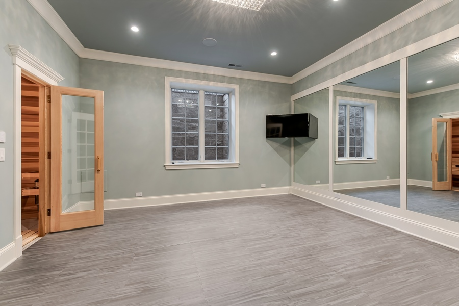 Real Estate Photography - 790 Prospect Ave, Winnetka, IL, 60093 - Exercise Room