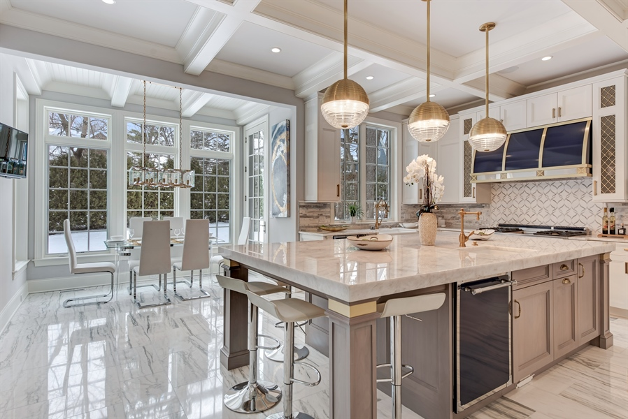 Real Estate Photography - 790 Prospect Ave, Winnetka, IL, 60093 - Kitchen / Breakfast Room