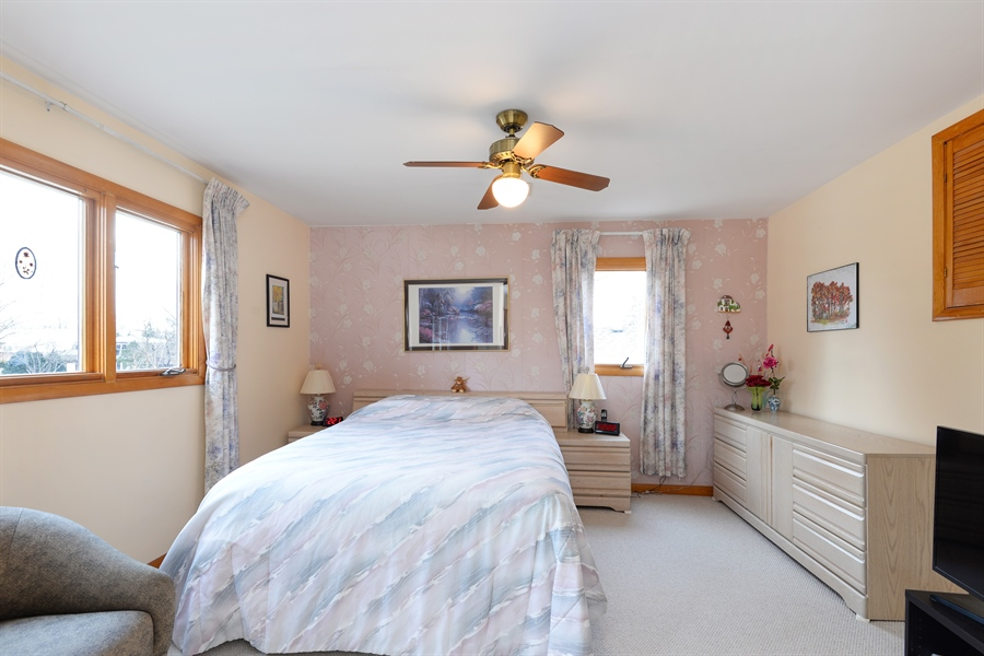Real Estate Photography - 3534 Forest Ave, Wilmette, IL, 60091 - Master Bedroom