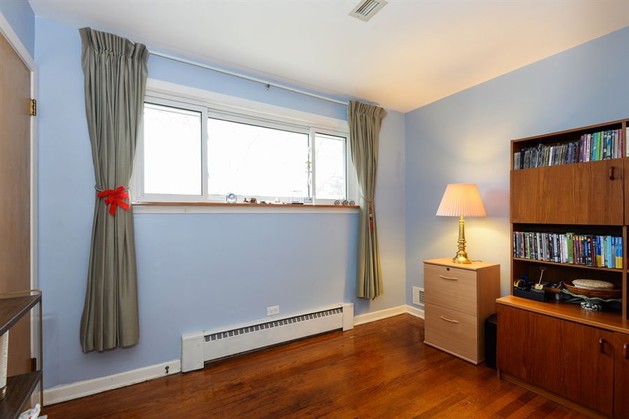 Real Estate Photography - 3534 Forest Ave, Wilmette, IL, 60091 - 4th Bedroom