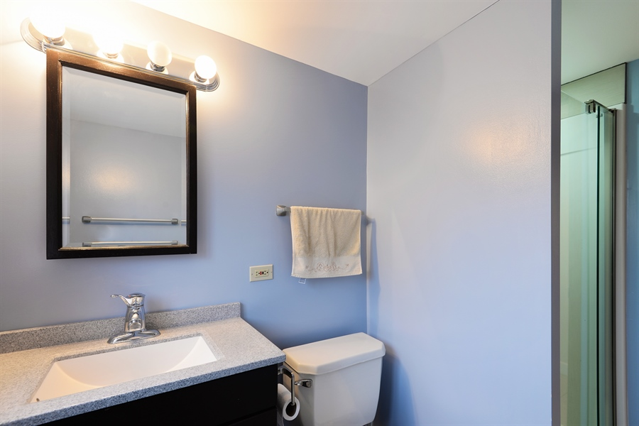 Real Estate Photography - 3534 Forest Ave, Wilmette, IL, 60091 - 2nd Bathroom