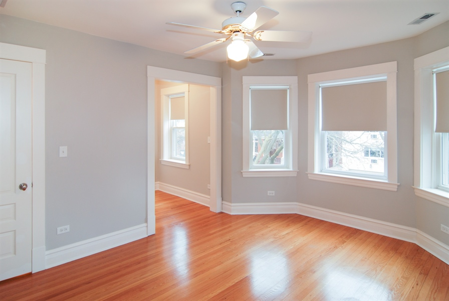 Real Estate Photography - 413 N Marion Ave, Oak Park, IL, 60302 - 3rd Bedroom
