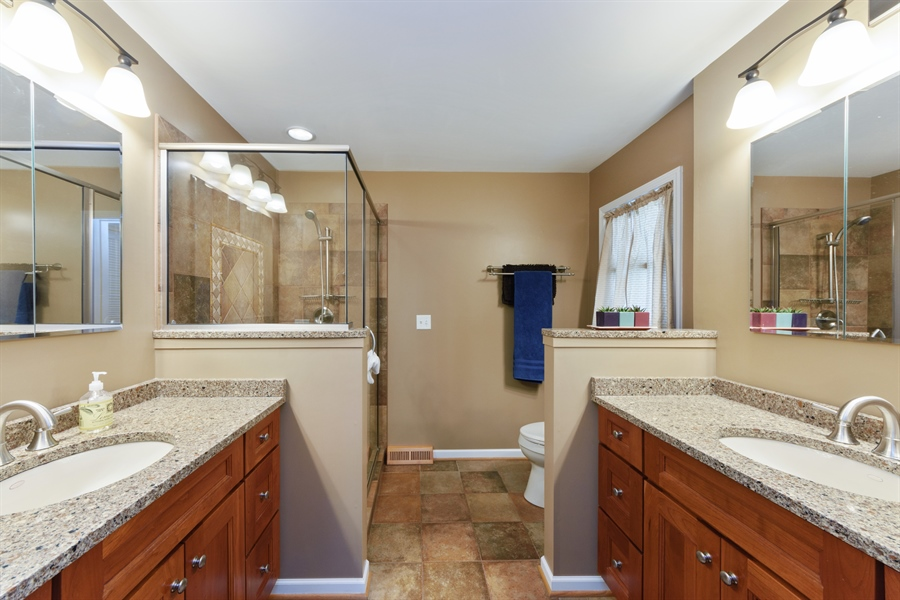 Real Estate Photography - 2014 N Pinetree Dr, Arlington Heights, IL, 60004 - Master Bathroom