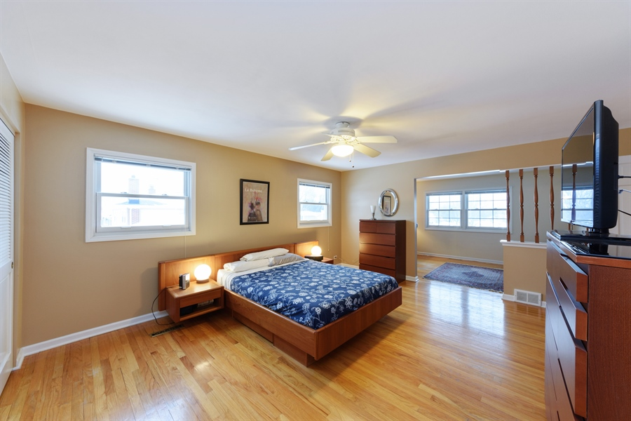 Real Estate Photography - 2014 N Pinetree Dr, Arlington Heights, IL, 60004 - Master Bedroom