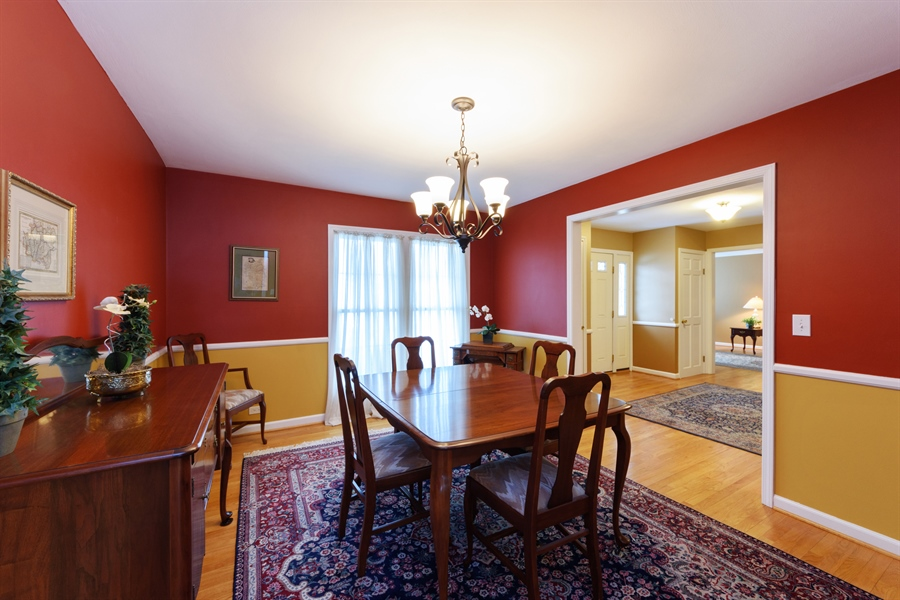 Real Estate Photography - 2014 N Pinetree Dr, Arlington Heights, IL, 60004 - Dining Room