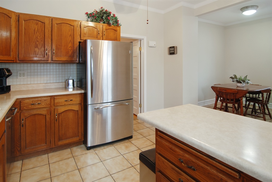 Real Estate Photography - 200 Lathrop Ave, Forest Park, IL, 60130 - Kitchen