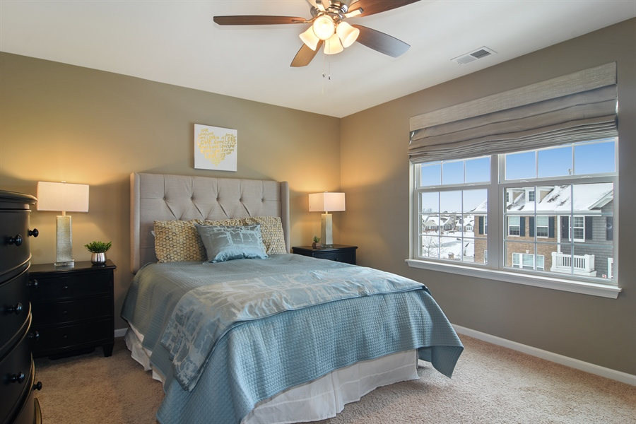 Real Estate Photography - 3197 Coral Lane, Glenview, IL, 60026 - Master Bedroom