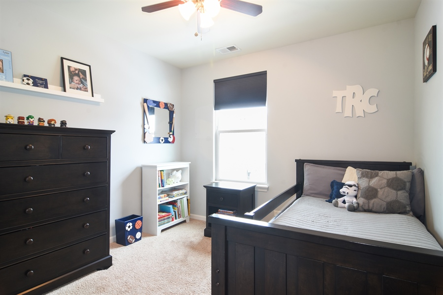 Real Estate Photography - 3197 Coral Lane, Glenview, IL, 60026 - 2nd Bedroom