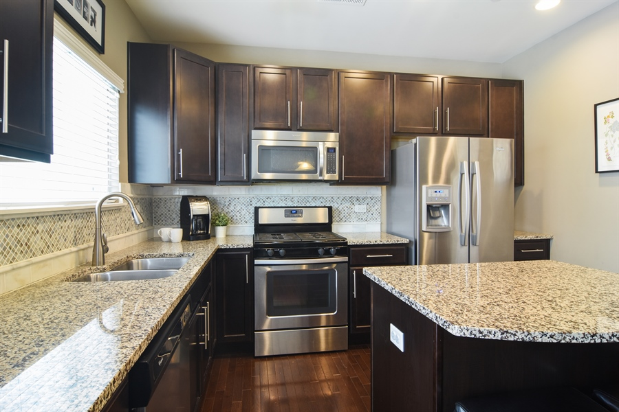 Real Estate Photography - 3197 Coral Lane, Glenview, IL, 60026 - Kitchen