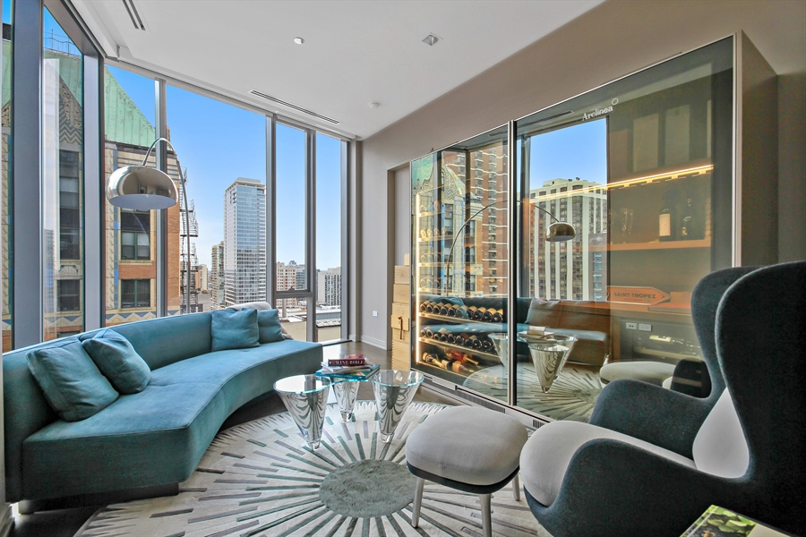 Real Estate Photography - 4 E Elm St, 14N, Chicago, IL, 60611 - Bedroom