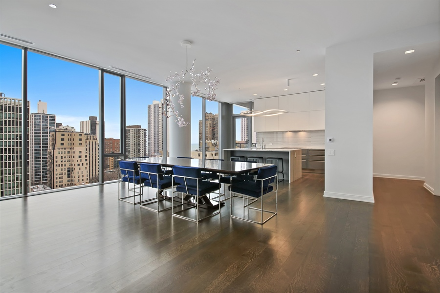 Real Estate Photography - 4 E Elm St, 14N, Chicago, IL, 60611 - Dining Area 2