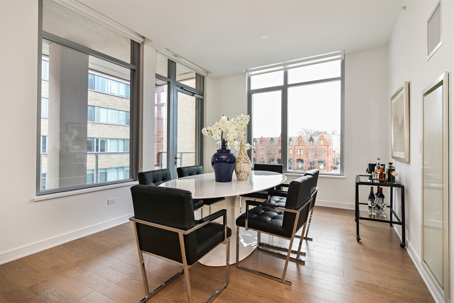 Real Estate Photography - 540 w webster, 313, chicago, IL, 60614 - Dining Room