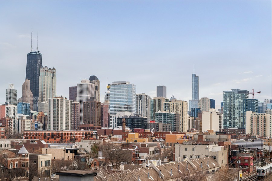 Real Estate Photography - 1546 N Orleans St, Chicago, IL, 60610 - View