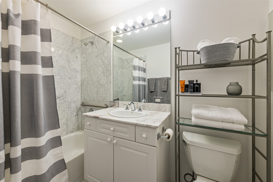 Real Estate Photography - 1546 N Orleans St, Chicago, IL, 60610 - Bathroom