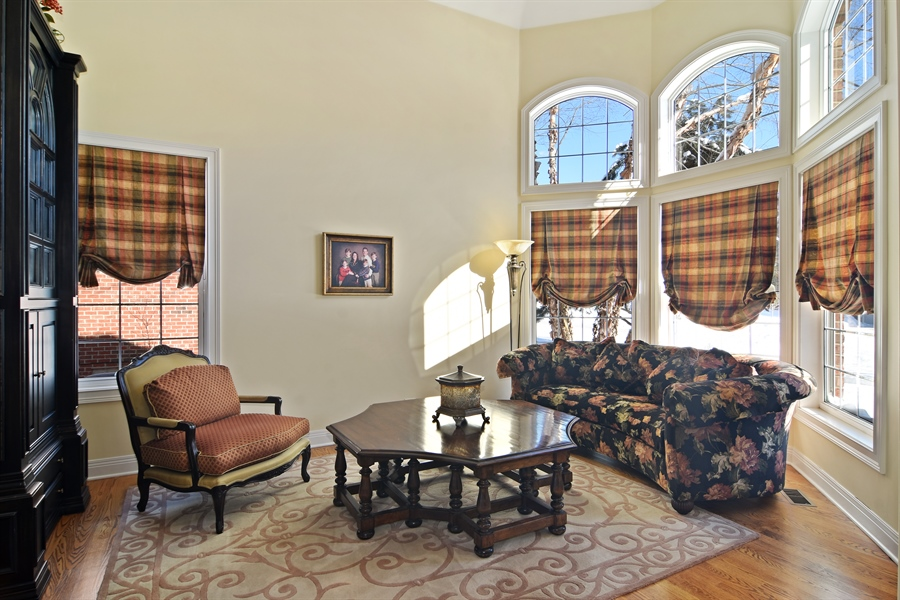 Real Estate Photography - 580 W Ruhl, Palatine, IL, 60074 - Living Room