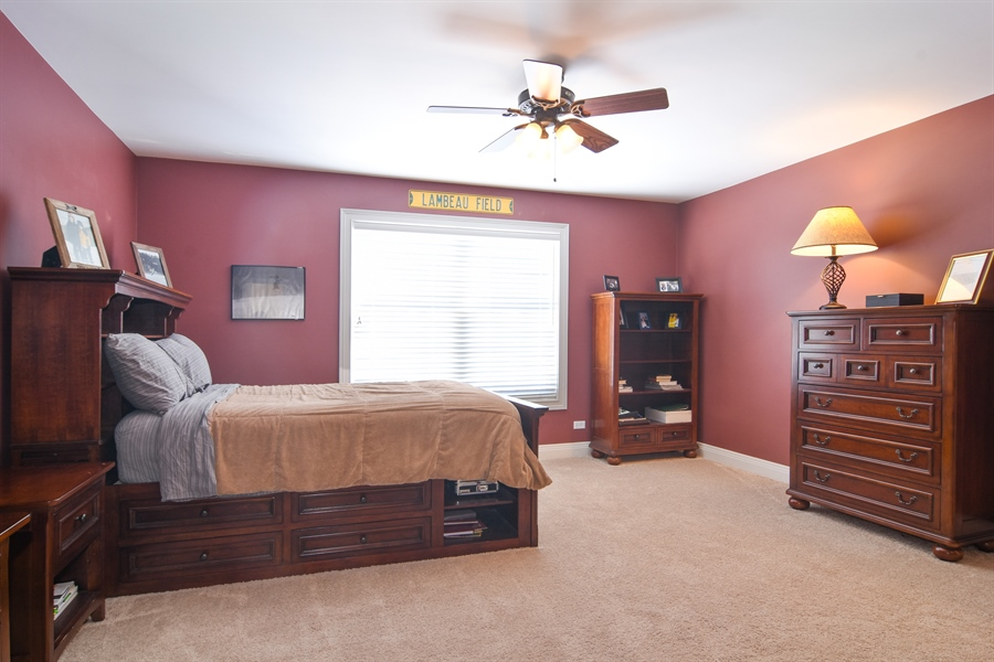 Real Estate Photography - 580 W Ruhl, Palatine, IL, 60074 - 2nd Bedroom