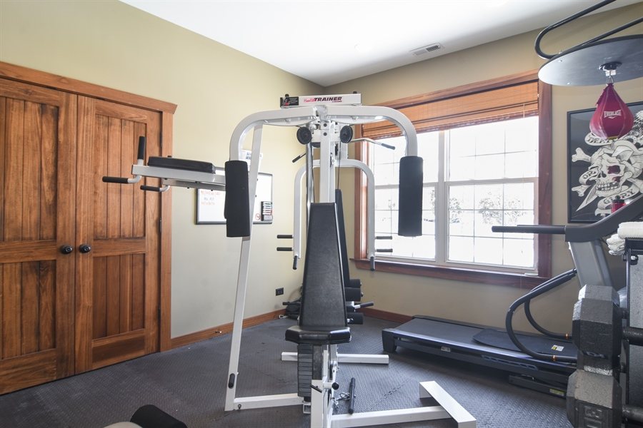 Real Estate Photography - 580 W Ruhl, Palatine, IL, 60074 - Exercise Room
