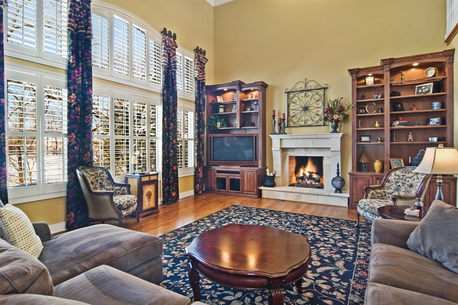 Real Estate Photography - 580 W Ruhl, Palatine, IL, 60074 - Family Room