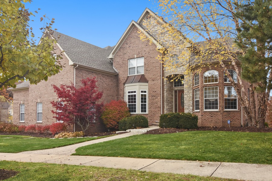 Real Estate Photography - 580 W Ruhl, Palatine, IL, 60074 - Front Exterior