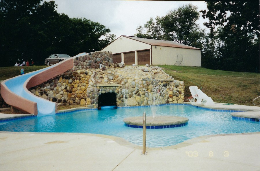 Real Estate Photography - 1313 Behan Rd, Crystal Lake, IL, 60012 - Huge pool with fountain and walk-in grotto