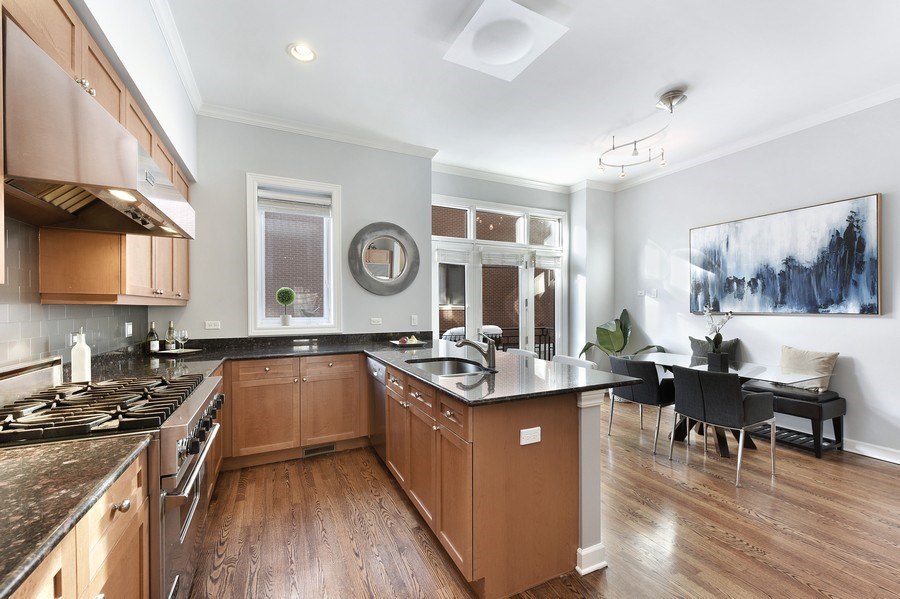 Real Estate Photography - 738 N. Hudson, Chicago, IL, 60654 - Kitchen