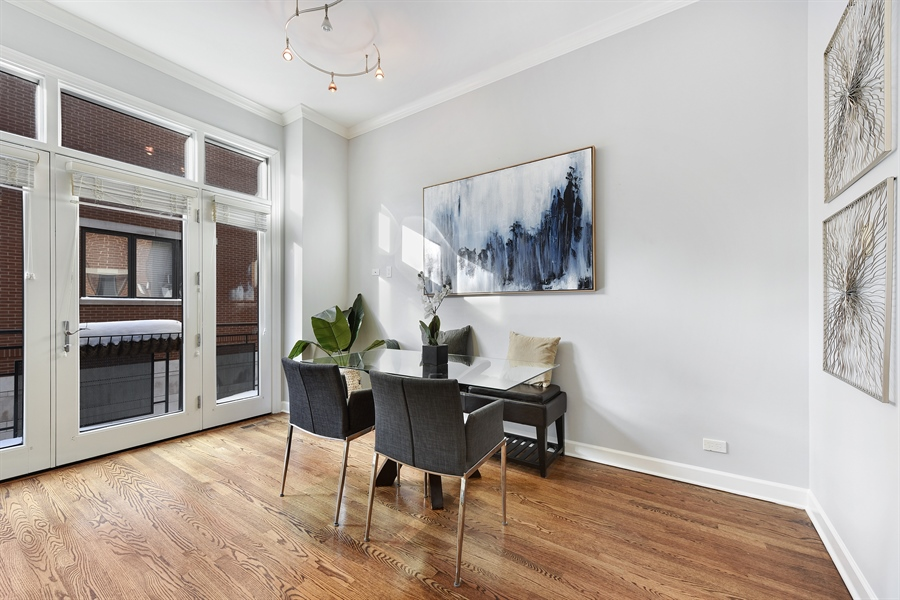 Real Estate Photography - 738 N. Hudson, Chicago, IL, 60654 - Breakfast Area