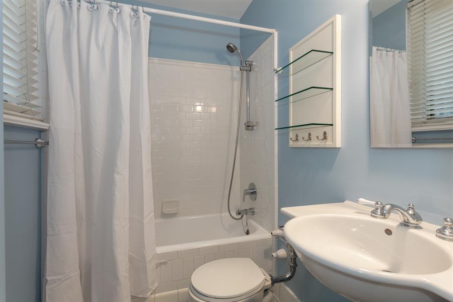 Real Estate Photography - 222 E Chestnut, 9D, Chicago, IL, 60611 - Bathroom