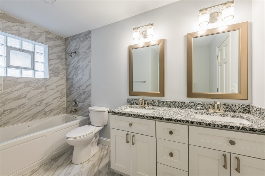 Real Estate Photography - 4909 Winthrop, Chicago, IL, 60640 - Bathroom