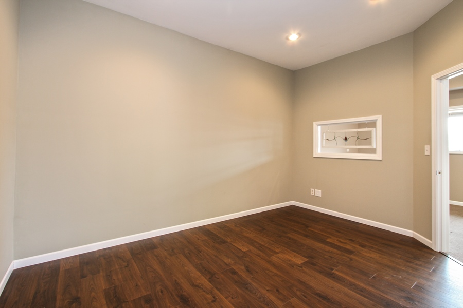 Real Estate Photography - 929 Main St, Antioch, IL, 60002 - Conference Room