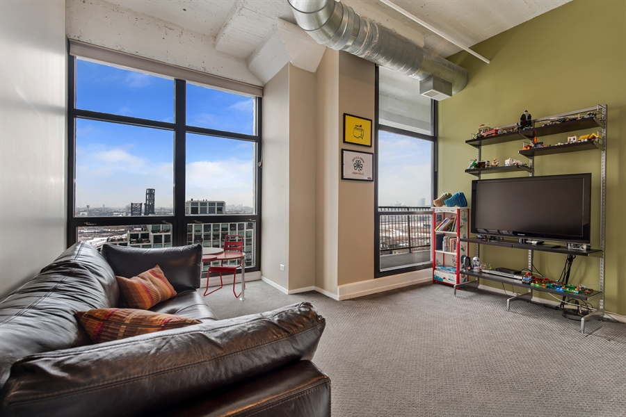 Real Estate Photography - 1530 S State St, Unit 929-930, Chicago, IL, 60605 - 2nd Bedroom