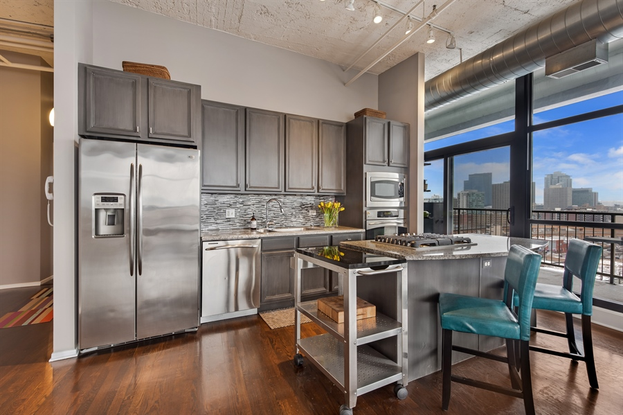 Real Estate Photography - 1530 S State St, Unit 929-930, Chicago, IL, 60605 - Kitchen
