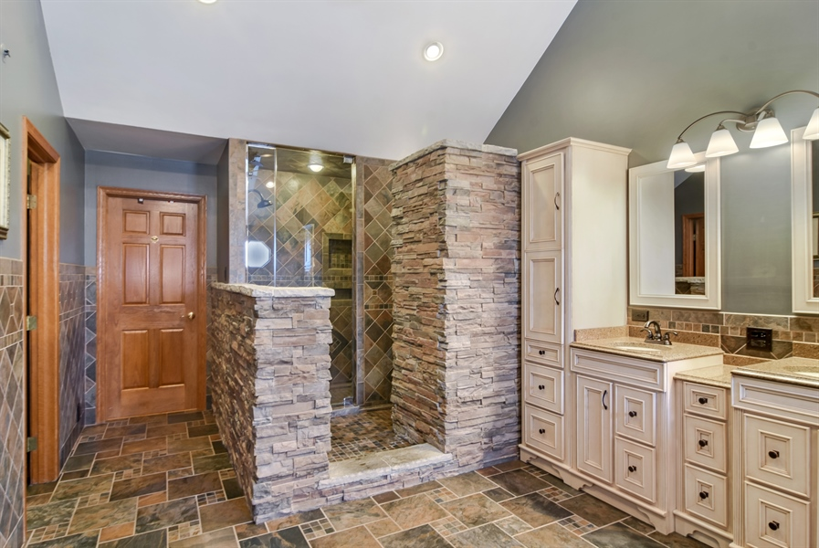 Real Estate Photography - 6217 Pine Cone Ct, Long Grove, IL, 60047 - Master Bathroom