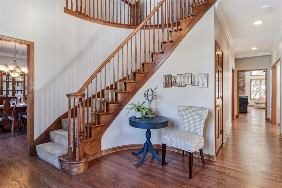 Real Estate Photography - 6217 Pine Cone Ct, Long Grove, IL, 60047 - Foyer