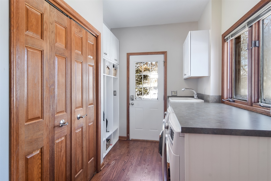Real Estate Photography - 6217 Pine Cone Ct, Long Grove, IL, 60047 - Laundry Room