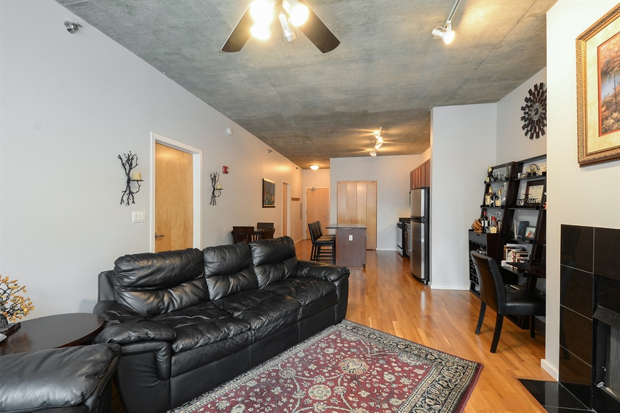 Real Estate Photography - 321 S Sangamon, 407, Chicago, IL, 60607 - Living Room