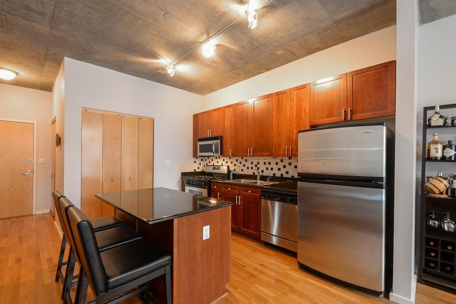 Real Estate Photography - 321 S Sangamon, 407, Chicago, IL, 60607 - Kitchen