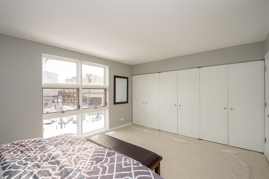 Real Estate Photography - 931 W Wrightwood Ave, Unit C, Chicago, IL, 60614 - Master Bedroom