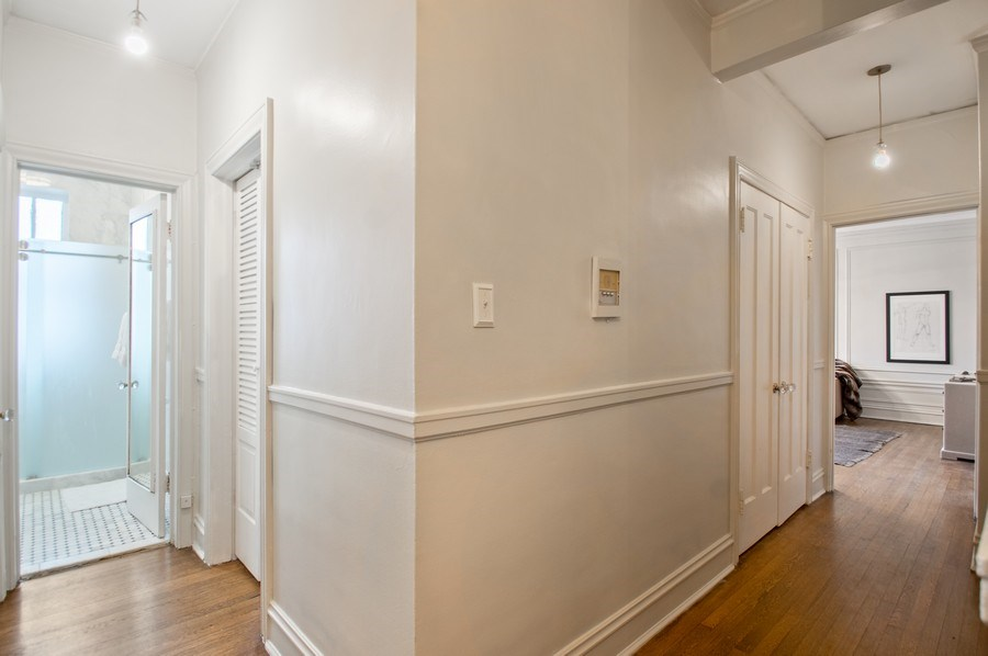 Real Estate Photography - 456 W Surf, 3R, Chicago, IL, 60657 - Hallway